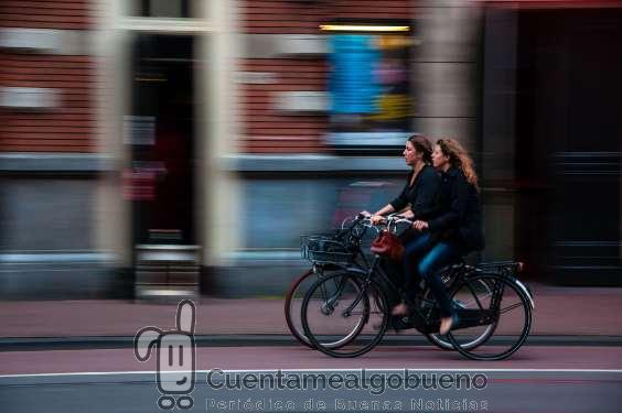 Ir en bicicleta a trabajar disminuye el estrés hasta el 52%